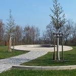 Gedenkplaats in het Park an der Etzoldschen Sandgrube.